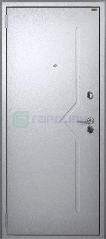 Наружная отделка входных стальных дверей